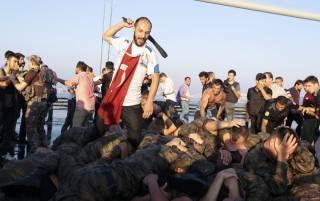 После путча в Турции задумались о возвращении смертной казни