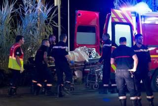 Перед нападением террорист в Ницце веселился со всеми в толпе