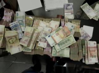 Сотрудники СБУ накрыли крупный конвертцентр, финансировавший боевиков