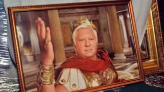 Суд арестовал внушительную историко-культурную коллекцию Пшонки