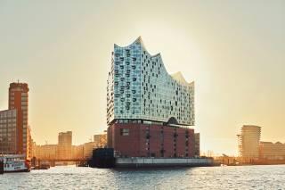 В Гамбурге заканчивается строительство невероятной филармонии