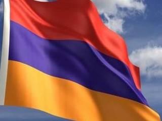 Захватившие здание полиции в Ереване освободили двух заложников. В обмен на пресс-центр