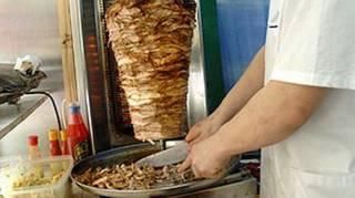 В Измаиле прикрыли кафе, в котором шаурмой отравились 86 человек