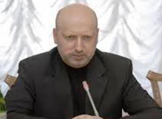 Турчинов утверждает, что Россия на Донбассе испытывает новейшее оружие