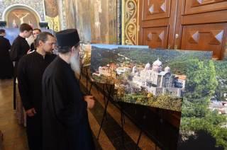 Жизнь афонских монахов показали в Киево-Печерской лавре