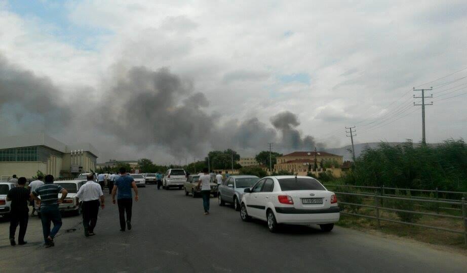 Как минимум 10-ти человек ранены при взрыве наоружейном заводе вАзербайджане