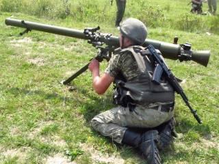 Пограничники на полигоне под Львовом учатся стрелять из гранатометов, «зениток» и БТР