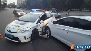 В Киеве очередное ДТП с участием полицейского автомобиля