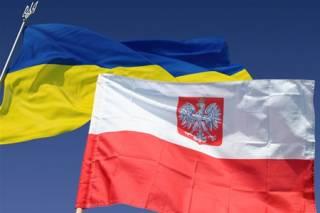 На границе с Польшей приходится стоять до десяти часов в очереди