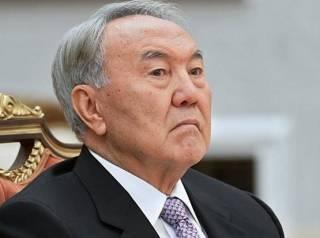 Назарбаев рассказал, как Порошенко пожаловался ему на отсутствие парламентского большинства в деле особого статуса Донбасса