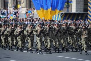 Порошенко похвастался численностью украинской армии и резерва