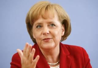 Если верить опросу, популярность Меркель стремительно падает
