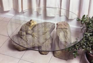 Иногда схожесть стекла и воды может стать основой для дизайнерского шедевра
