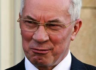 Азаров попал под санкции США