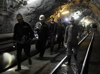На Донбассе из-за пожара на шахте эвакуировали около 600 горняков