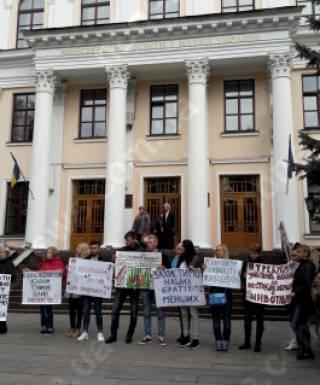Зоозащитники требуют изгнания живодеров из вузов