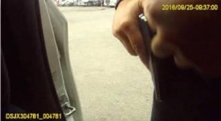 В Сети появилось видео с камеры убитого в Днепре полицейского. Матиос рассказал новые данные об убийце