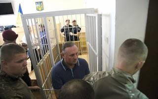 После 10 часов судебных разбирательств Ефремова оставили под стражей еще на 2 месяца
