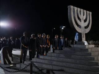 Международное сообщество в Киеве помянуло жертв Бабьего Яра
