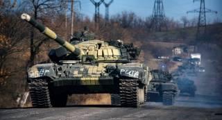 Разведка: Россия перебрасывает боевикам танки и топливо