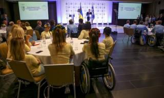 Порошенко вручил награды лучшим спортсменам-олимпийцам