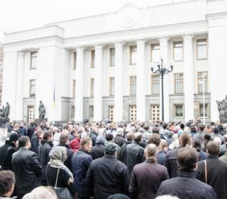 Сегодня под ВРУ 800 верующих молились за мир в Украине и призвали депутатов не голосовать за дискриминационный законопроект № 4128