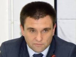 Россия по-прежнему не пускает консула к Сущенко