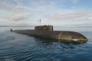 Российские рыбаки обматерили подводную лодку