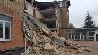 В школе в Василькове обрушились перекрытия. Гройсман поручил разобраться