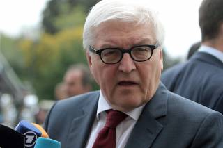 Штайнмаер признал, что проводить выборы на Донбассе невозможно. Но все равно нужно