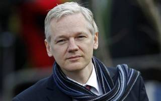 Посольство Эквадора подтвердило, что обрезало Ассанжу интернет за вмешательство в американскую избирательную кампанию