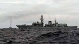Британия направила свои корабли для слежения за флотилией РФ