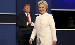 Клинтон и Трамп продолжают высмеивать друг друга