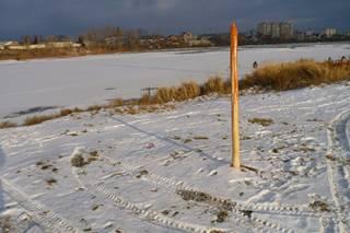 В Красноярске сибиряк установил альтернативный памятник Ивану Грозному в виде окровавленного кола