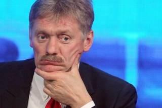 В Кремле открещиваются от скандальной переписки Суркова