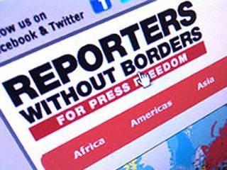 «Репортеры без границ» объявили врагами прессы 35 человек