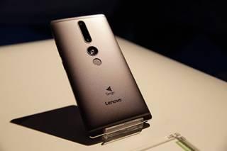 Известная компания прекращает выпуск смартфонов