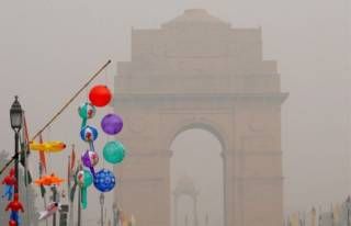 В Дели из-за смога закрыли все школы