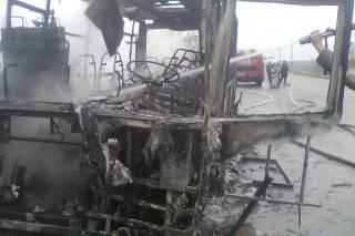На Харьковщине загорелся автобус с пассажирами