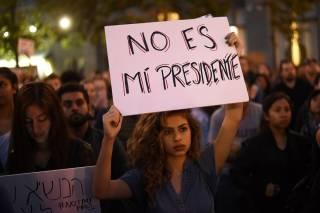Ситуация в США накаляется. Митинги против Трампа охватывают все больше городов