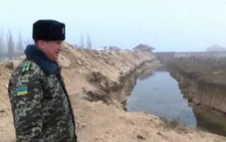 После провала яценюковской «Стены», Украина отгораживается от России бесконечным рвом