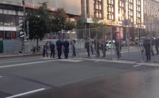 Завтра в Киеве перекроют Крещатик. И установят металлоискатели