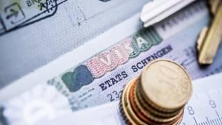 В случае получения безвиза, украинцев могут обязать платить за посещение стран ЕС