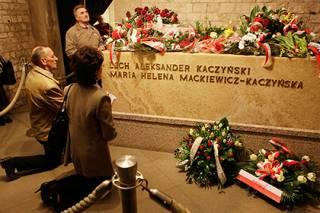 Получены первые результаты исследования тела Качиньского