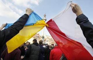 Зачем Польше украинская земля?