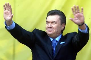Адвокат Януковича подтвердил участие беглого президента в допросе