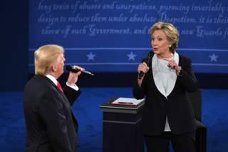 За Клинтон проголосовали на 2 млн избирателей больше, чем за Трампа. И это еще не конец