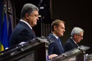 Порошенко поблагодарил Евросоюз за солидарность с Украиной. Евросоюз ответил на украинском языке