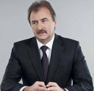 Попов утверждает, что не общался с Левочкиным ни накануне, ни после разгона студентов на Майдане