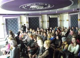Запорожские депутаты призвали Порошенко немедленно восстановить экономические связи с Россией